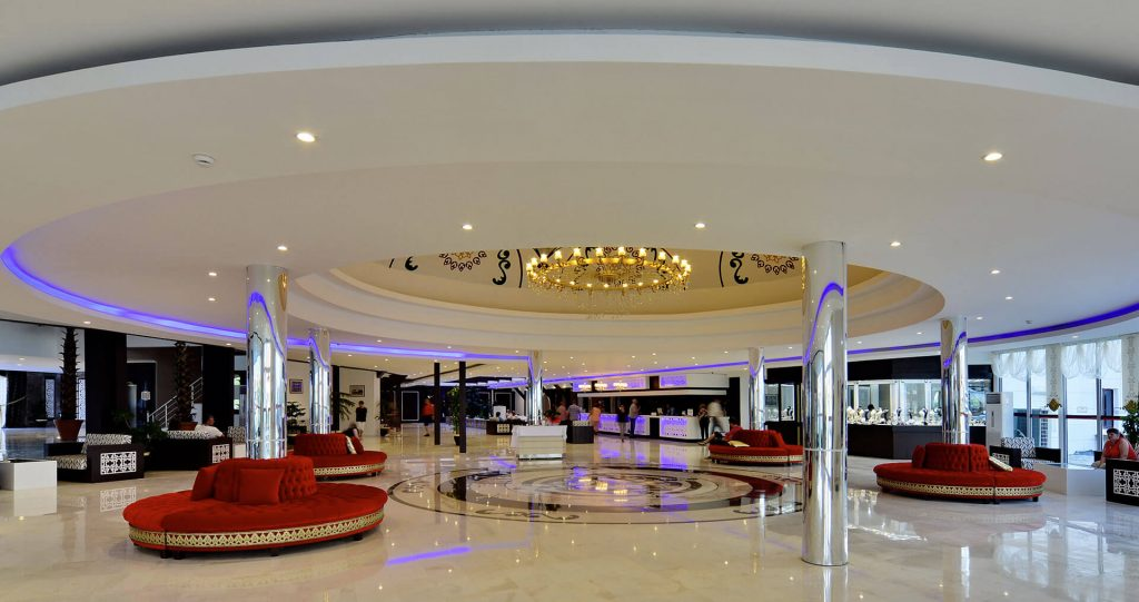side-shopping-butik-royal-lobby